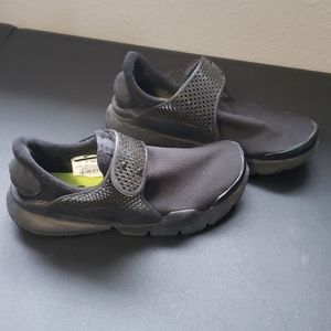 Women's Nike Sock Dart